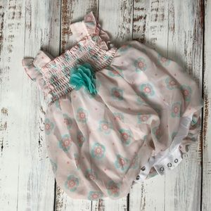 Other - Cute outfit newborn bodysuit